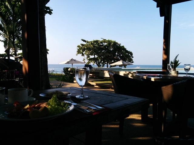 アモリタリゾートの朝食会場からの眺め