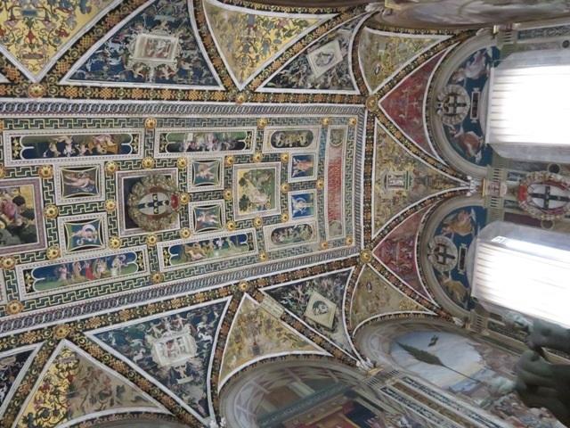 大聖堂の天井の天井画