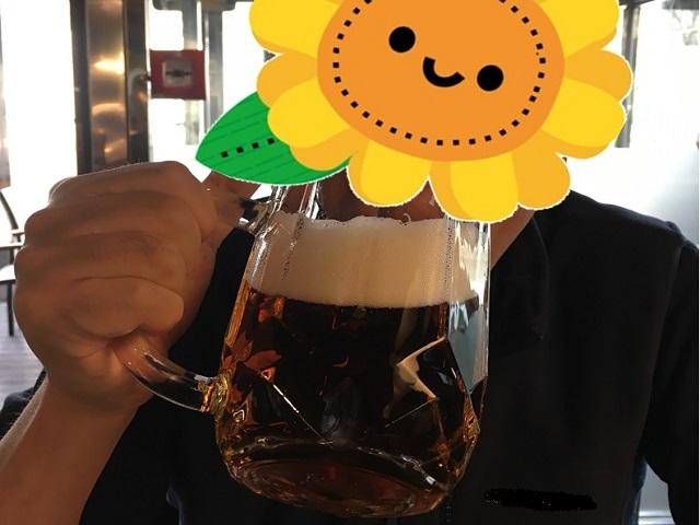 顔と同じ大きさのビールジョッキ