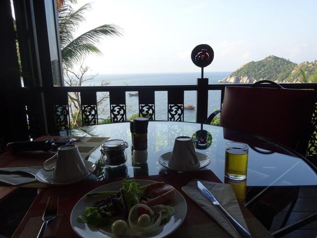 レストランの席からの眺め