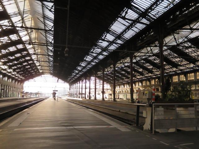 リヨン駅のプラットホーム