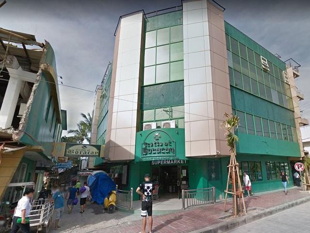 Station2のお店が並ぶエリアへの入り口(GoogleMapより引用)