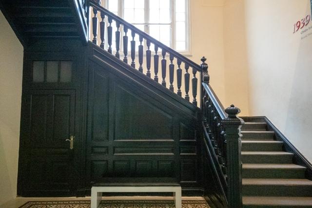 クラシックな階段