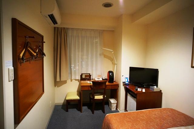 ダブルルームの室内