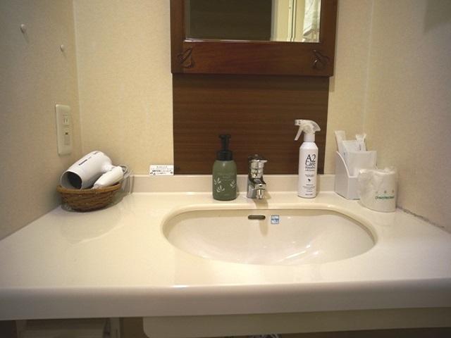洗面台は広くて使いやすいです