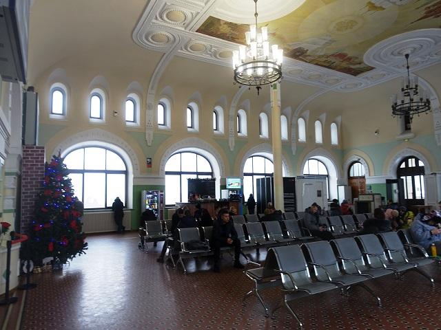 ウラジオストク駅の待合室 Vladivostok Station inside