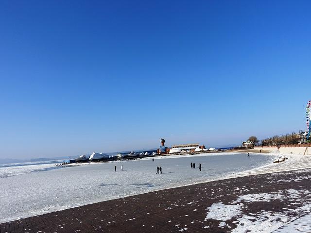 frozen sports bay in vladivostok