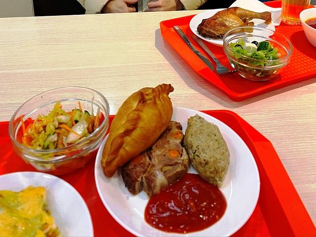 Food at 8 Minut Stolovaya near Fountain in vladivostok