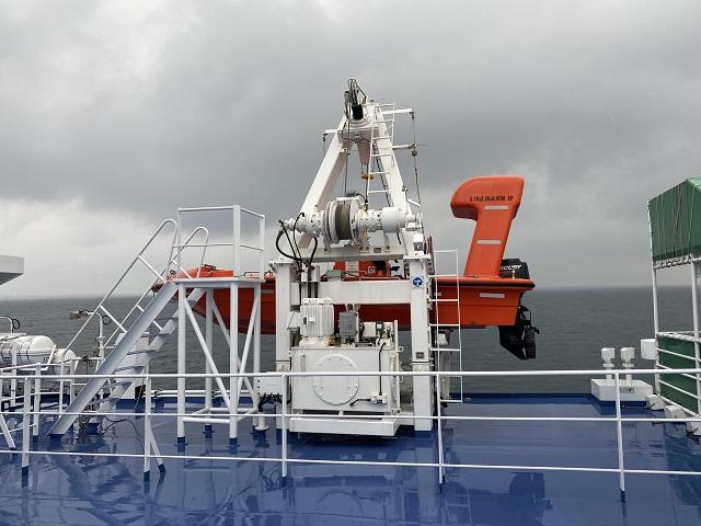南海フェリー甲板からの眺め1