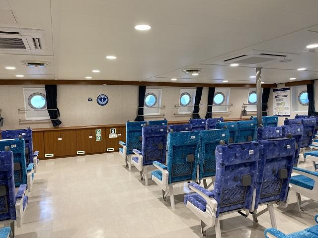 nankaiferry-normal seat