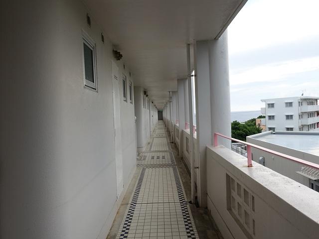 ホテルマハイナの外廊下