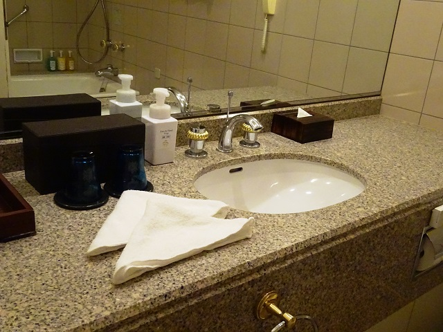 横浜ロイヤルパークホテルのバスルーム