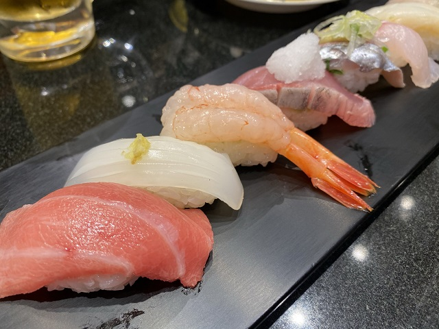 すし玉の寿司