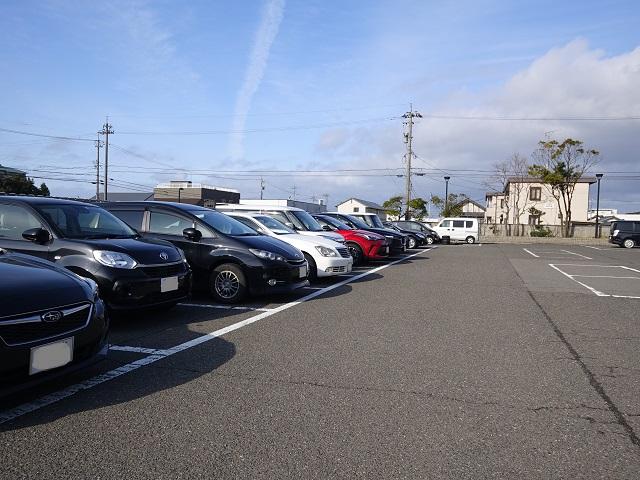 ゆ楽さんの駐車場