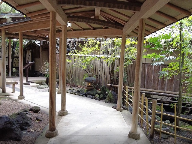 田乃倉の趣ある内廊下