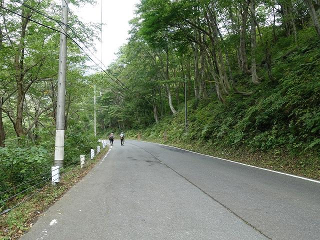 谷川岳ロープウェイから土合駅までの道