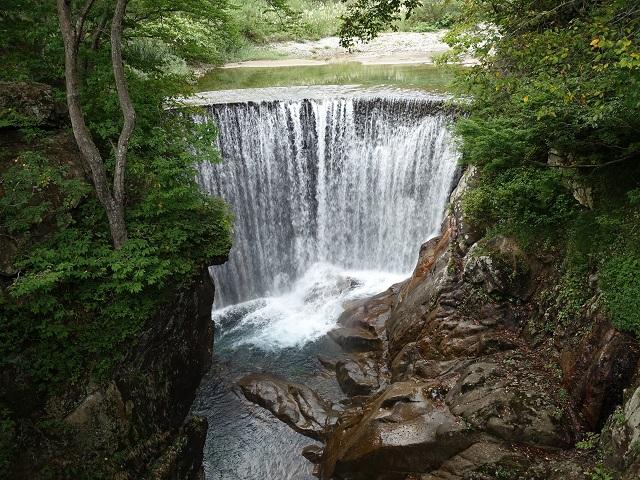 湯吹きの滝