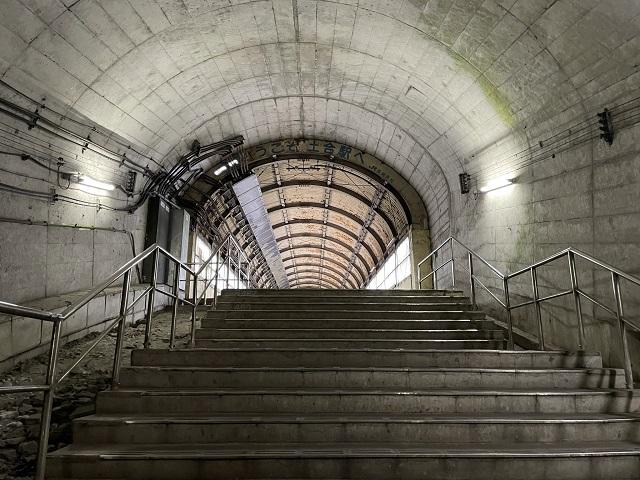 土合駅の462段を登りきるとこんな光景が